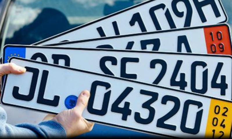 Журналисты узнали о намерении правительства ввести европейский формат автомобильных номеров в России