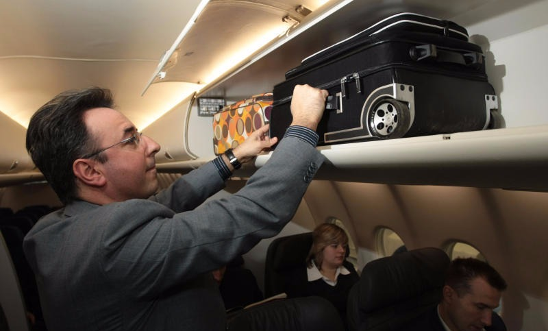 Минтранс решил исправить скандальный законопроект о провозе багажа в самолете
