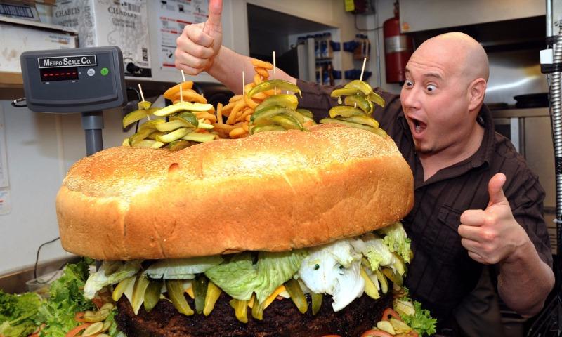 Заработной платы новосибирцев хватит наодин бургер вдень