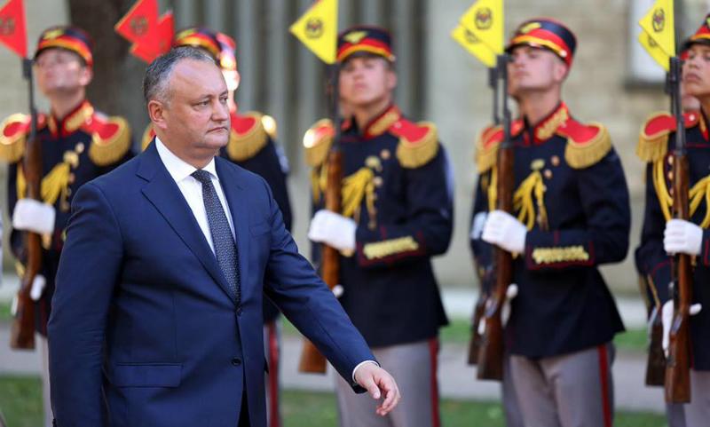 Президент Молдовы заблокировал решение правительства об участии в учениях НАТО на Украине