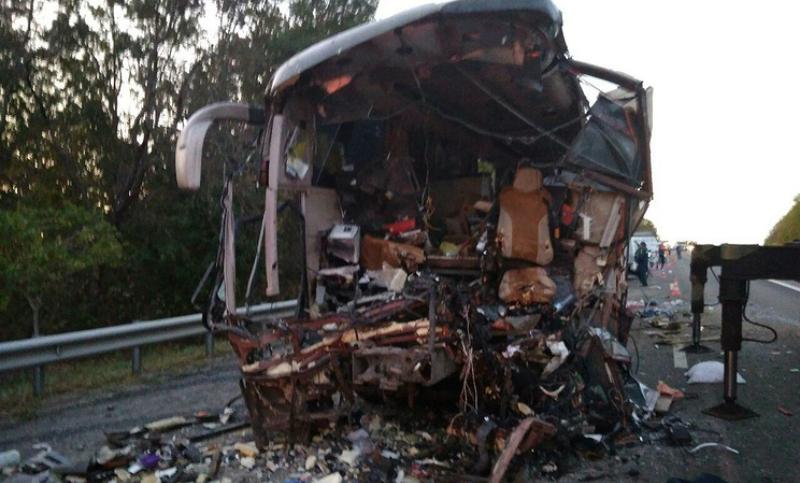 Автобус с паломниками из Абхазии попал в страшную аварию под Краснодаром: есть погибшие