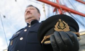 Капитан, улыбнитесь: Минтруд назвал самые высокооплачиваемые профессии в России