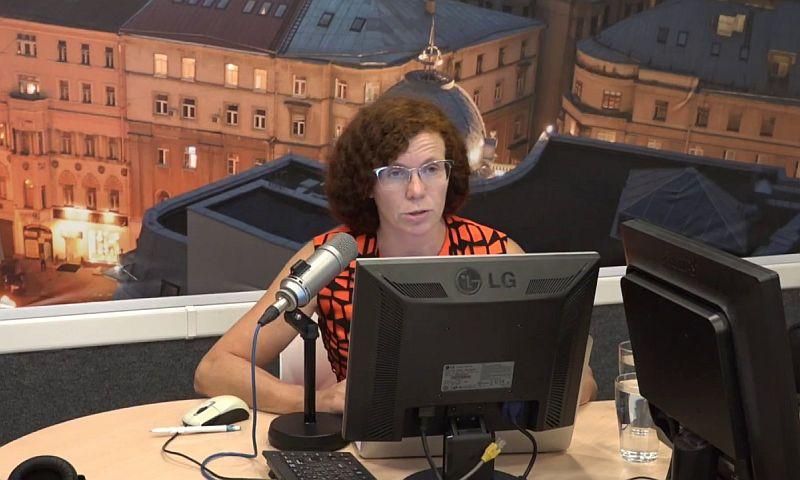 Юлия Латынина заявила в радиоэфире о сожжении ее автомобиля