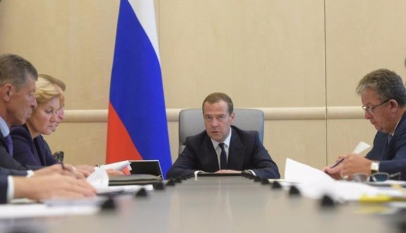 Сигнал Японии: Медведеву понравилась идея освободить Курилы от всех налогов