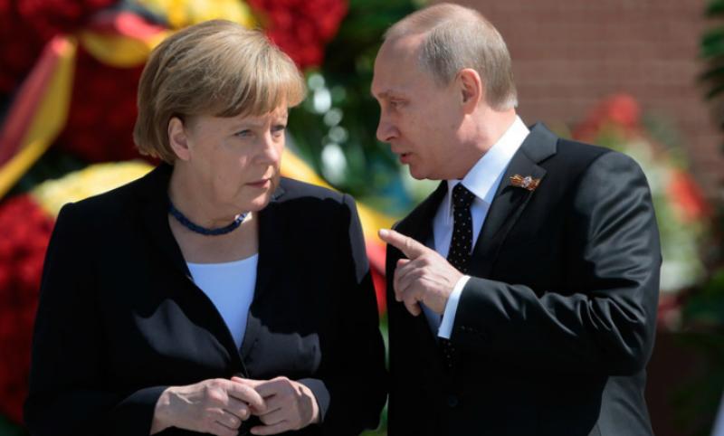 Путин и Меркель договорились о размещении миротворцев по всей территории Донбасса