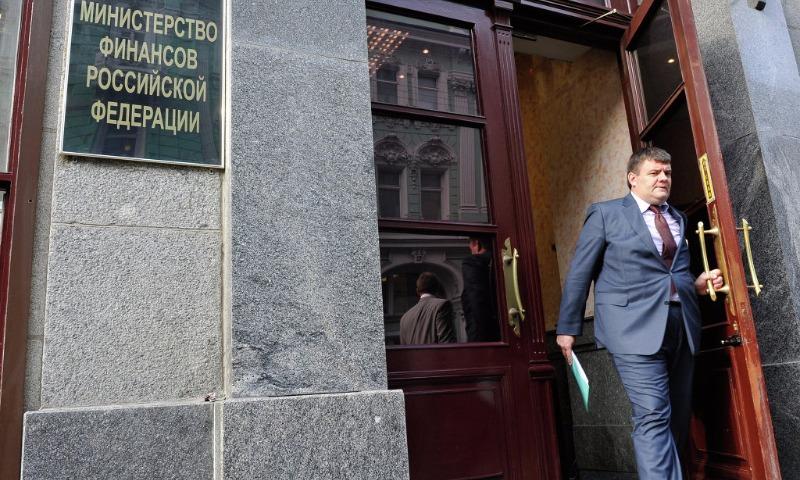 В Минфине рассказали, на сколько вырастут зарплаты россиян в 2018 году