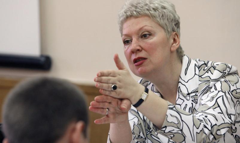 Учителей хватает: Васильева доложила о полной комплектации школ