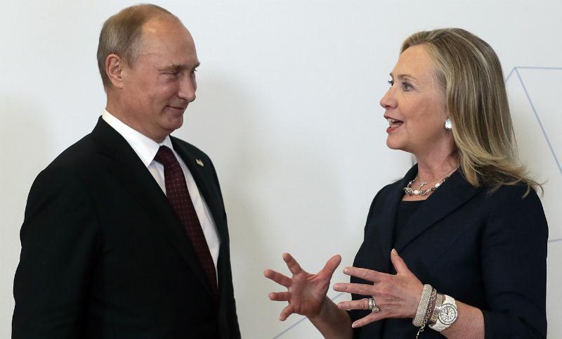 Расширение НАТО и Болотная: Хиллари Клинтон заявила, что Путин имеет к ней личные счеты