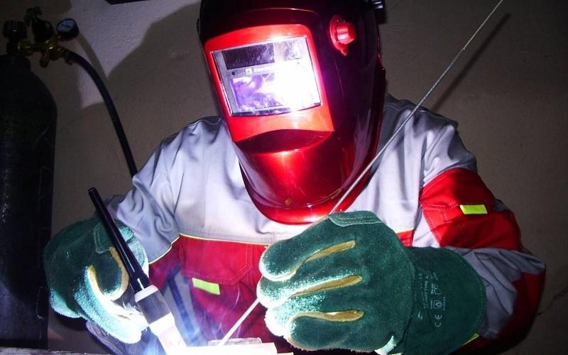 Защитные маски для сварки. Как выбрать удобную и безопасную