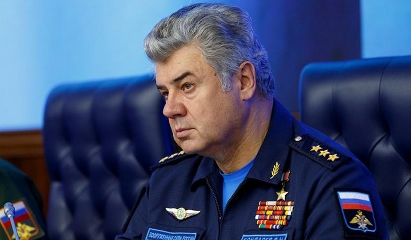 Путин уволил главкома ВКС России Бондарева
