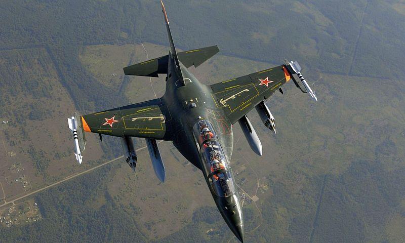Штурмовик Як-130 упал во время тренировочного полета в Воронежской области