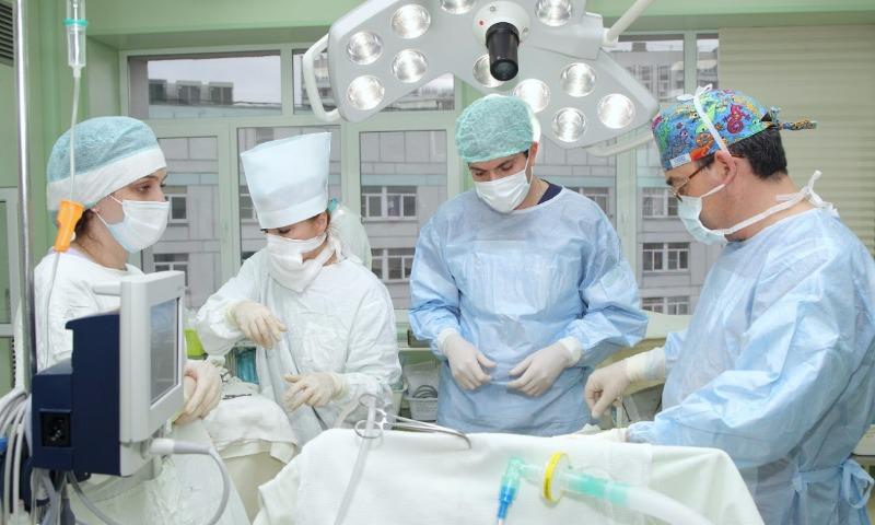 Средняя зарплата московских врачей - 110 тысяч рублей, - чиновник мэрии