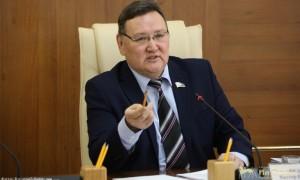 «Всякое бывает»: депутату из Якутска в кафе выставили счет на 13 миллионов