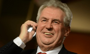 Президент Чехии назвал наградой приглашение Путина приехать в Сочи