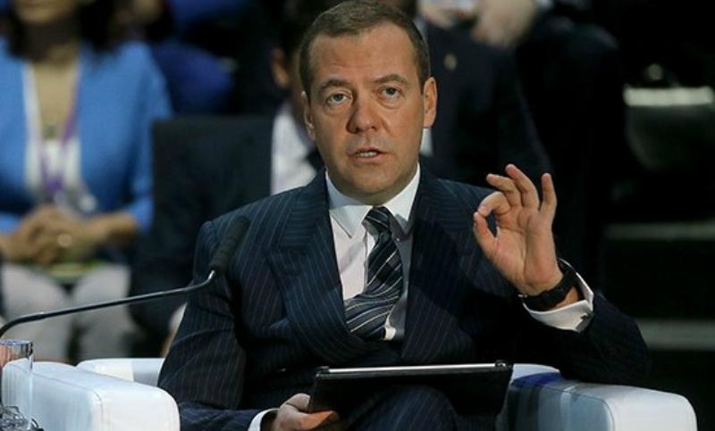 Дмитрий Медведев предупредил об «обнулении мозгов»