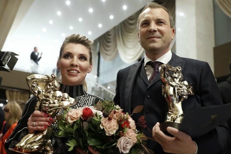 Ольга Скобеева и Евгений Попов