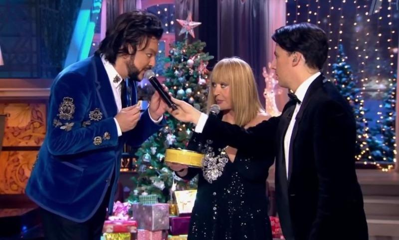 Сами выбирайте: оскандалившийся Первый канал предложил топ-60 звезд для новогоднего шоу