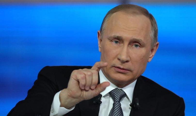 Путин снизил себе зарплату в 2018 году, а заодно и будущему президенту