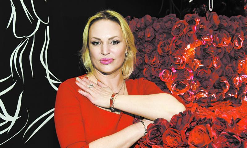 Алла Довлатова рассказала о серьезной болезни, изменившей её лицо