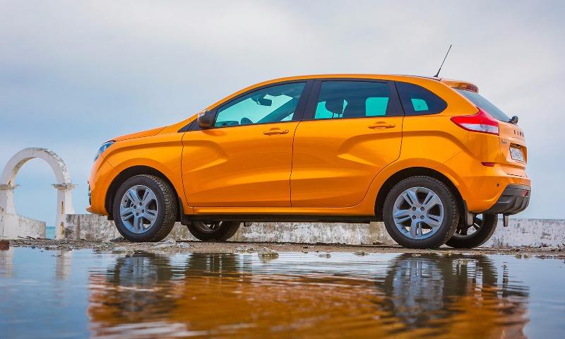 АвтоВАЗ отзовет из-за проблем с проводкой почти 20 тысяч Lada XRay