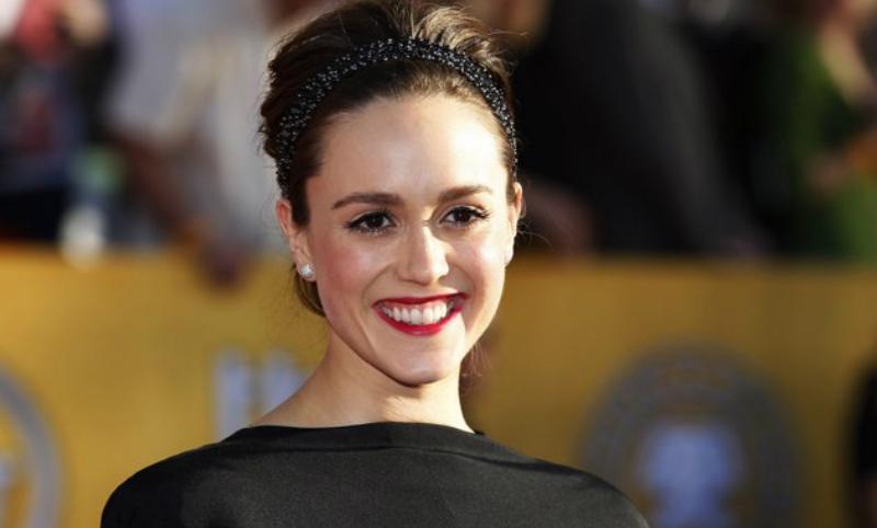 Актриса обвинила в домогательствах прикованного к инвалидному креслу Джорджа Буша-старшего