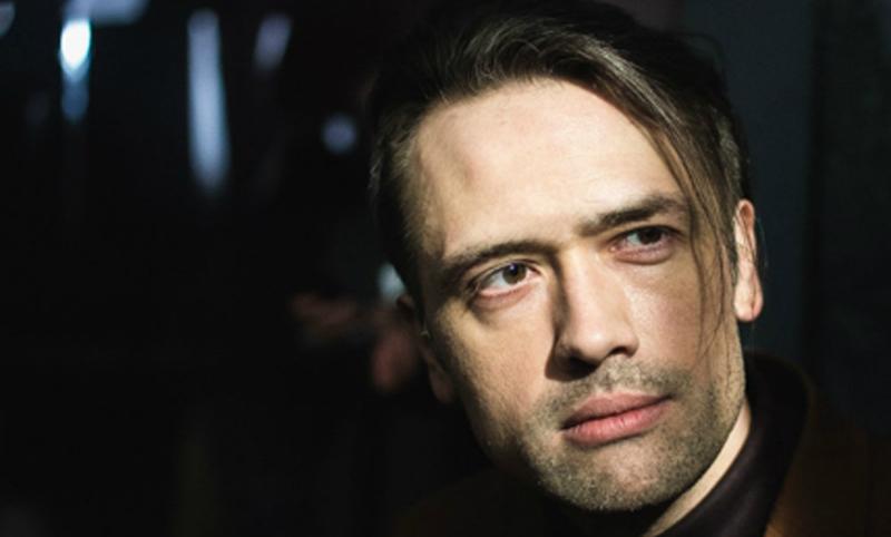 Воюющий в Донбассе актер Пашинин заявил, что его засыпали сценариями