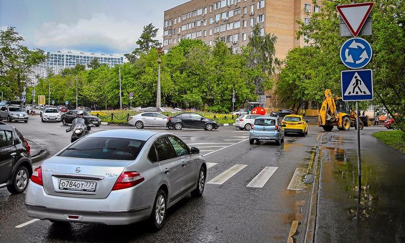 В России окончательно отдали приоритет тем водителям, кто