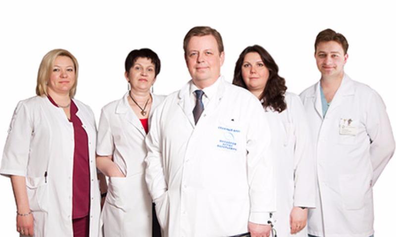 Профессор Антон Михайлов и его команда.