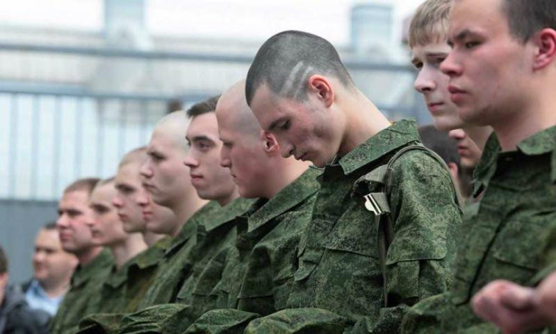 Украина обратилась к России с требованием отказаться от воинского призыва в Крыму