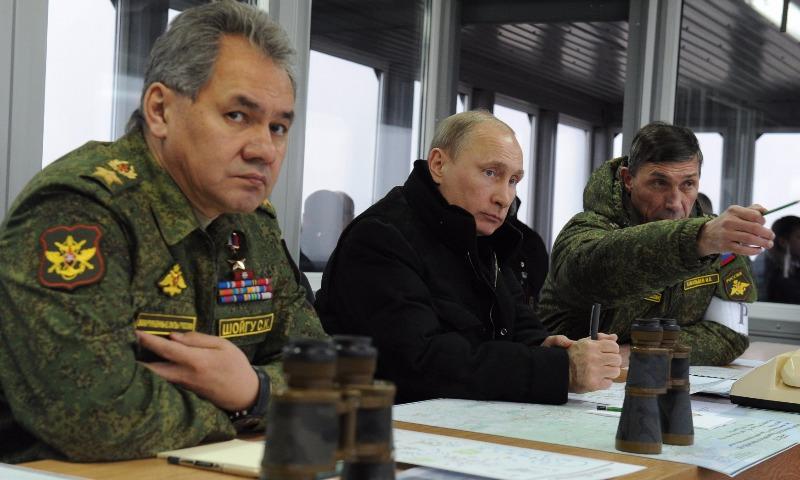Путин запустил на учениях четыре баллистические ракеты