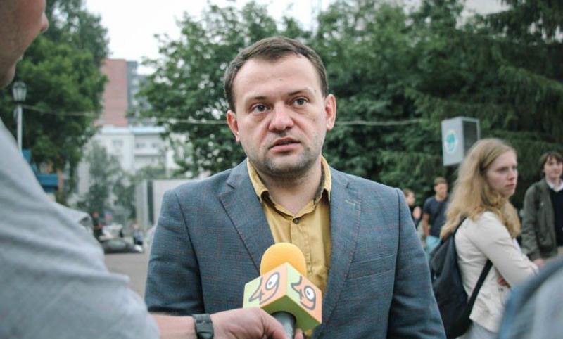Лидеры штабов Навального в Новосибирске и Саратове задержаны за несогласованные митинги