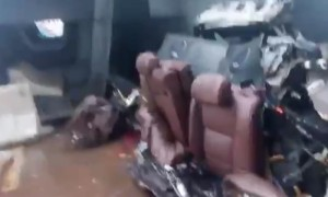Сквозь игольное ушко: водитель жив, машина - в клочья