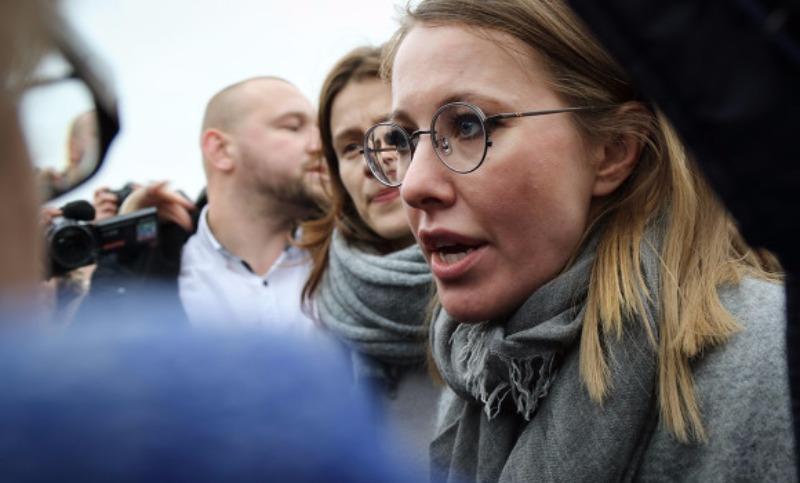 Собчак освистали на митинге в родном городе