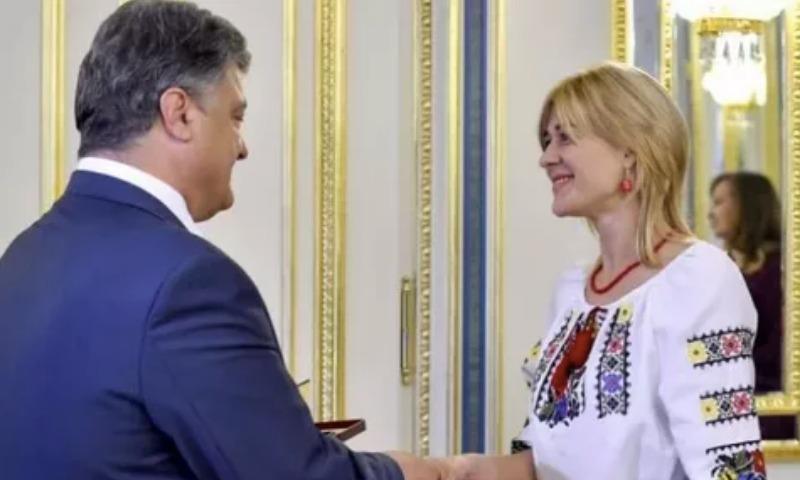 Лучшая учительница Украины сбежала в Лондон работать сиделкой