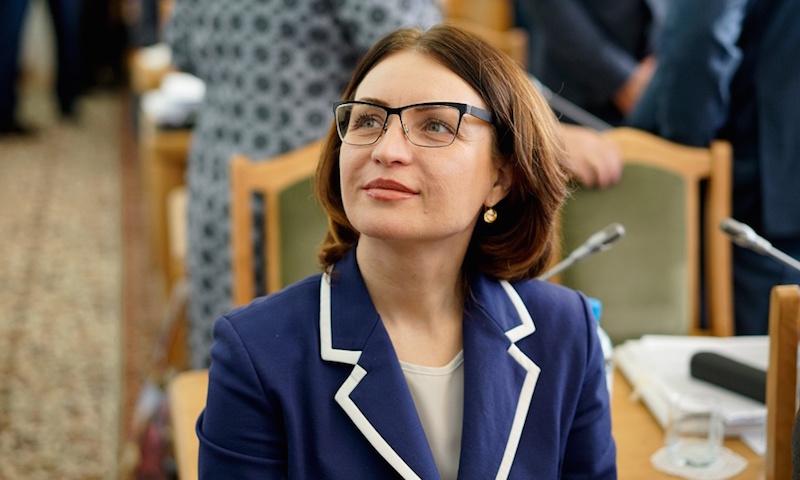 Впервые Омск возглавила женщина, причем симпатичная