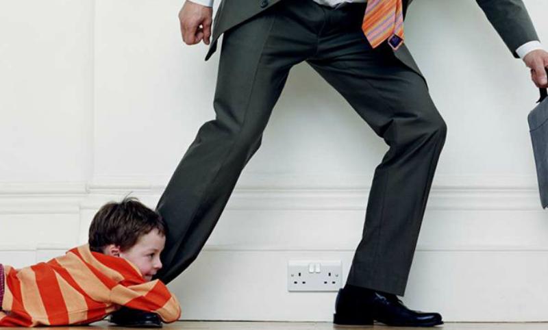 В Госдуме хотят переложить на государство содержание детей пропавших алиментщиков