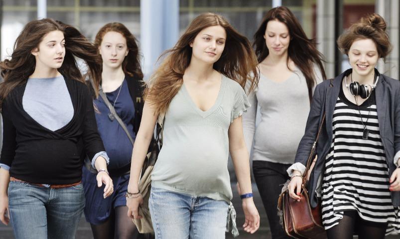 Кандидат в мэры Омска предложил девушкам быстрые свидания с казахами для рождаемости
