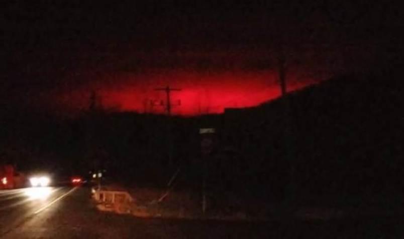 Апокалипсис в Нью-Йорке: жителей напугало кроваво-красное небо города