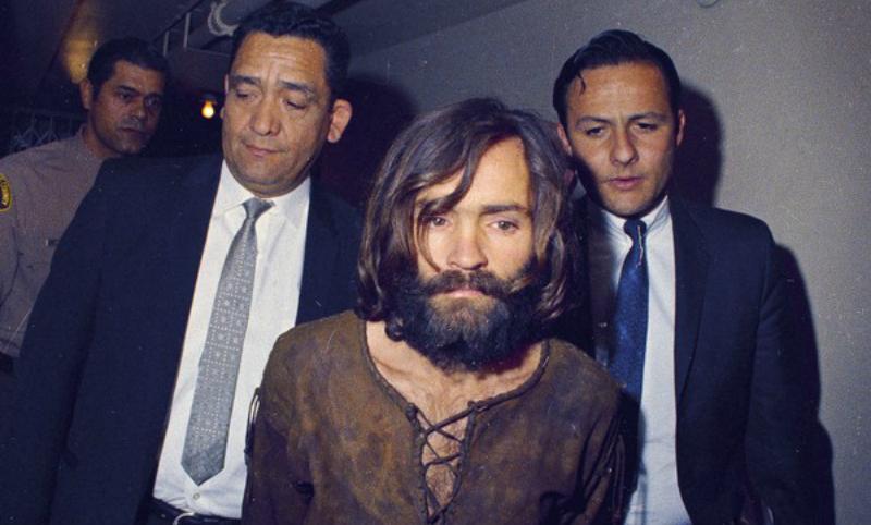 Легендарный убийца Чарльз Мэнсон скончался в США