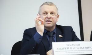Самый богатый депутат Госдумы пожаловался генпрокурору Чайке на Генпрокуратуру
