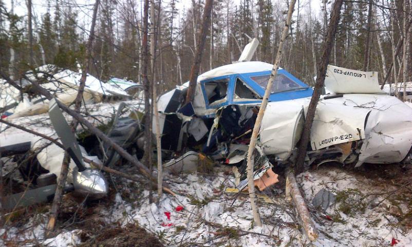 Выжившую в авиакатастрофе трехлетнюю девочку на вертолете МЧС отправили в Хабаровск