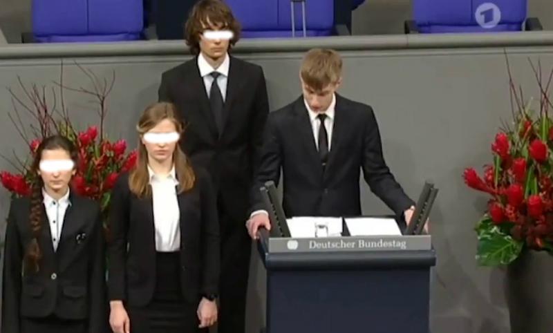 Он не один: вместе с Колей Десятниченко перед Бундестагом