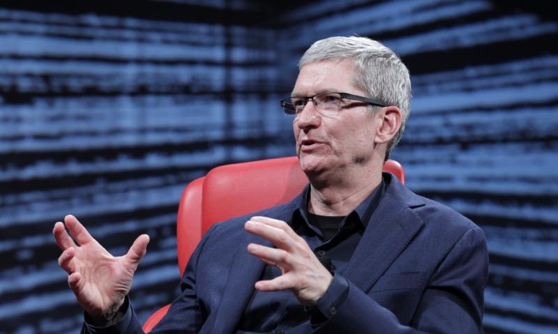 Босс Apple назвал главную проблему социальных сетей