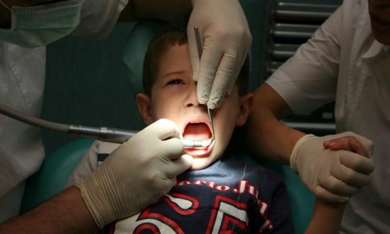 Пятилетний мальчик из Томской области впал в кому после лечения у стоматолога