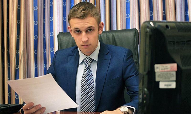 Министру труда предложили сократить рабочую неделю для некурящих россиян