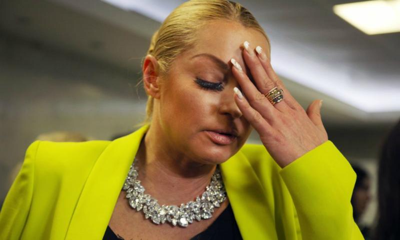 Стало известно, кто выложил в Сеть интимные фото Анастасии Волочковой