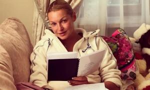 Волочкова обратилась в Следственный комитет в связи с публикацией её интимных фото