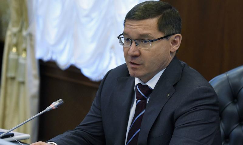 Губернатора Тюменской области подозревают в побеге с места ДТП