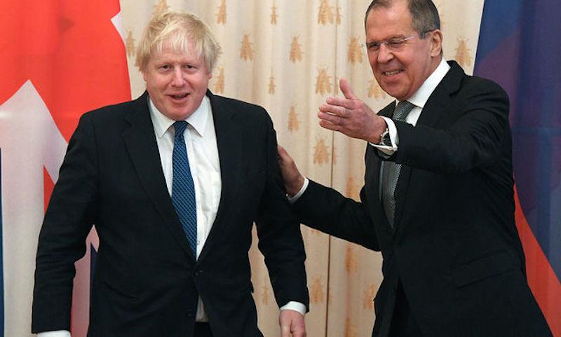 Министр Лавров обшарил карманы британского коллеги Джонсона
