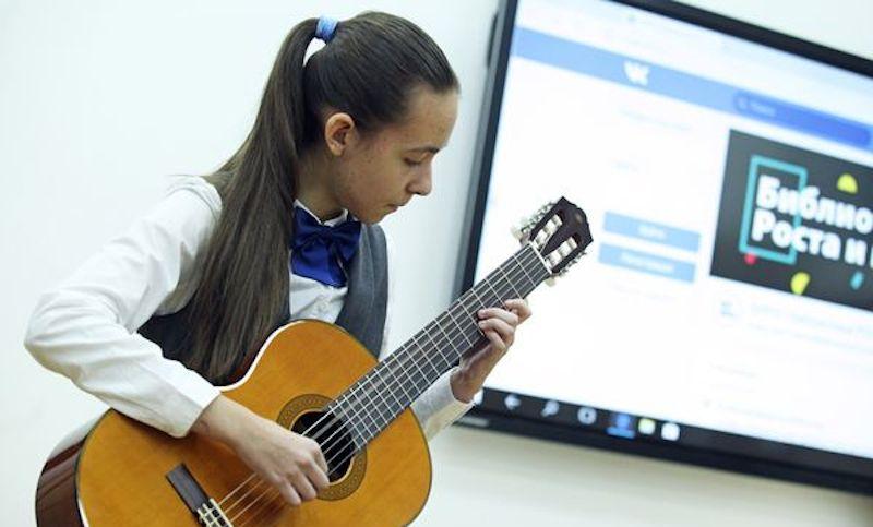 Шестиклассница из Красноярска получила новогодний подарок от Путина